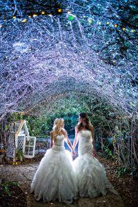 Gay Weddings ad3a561288a4d4af24