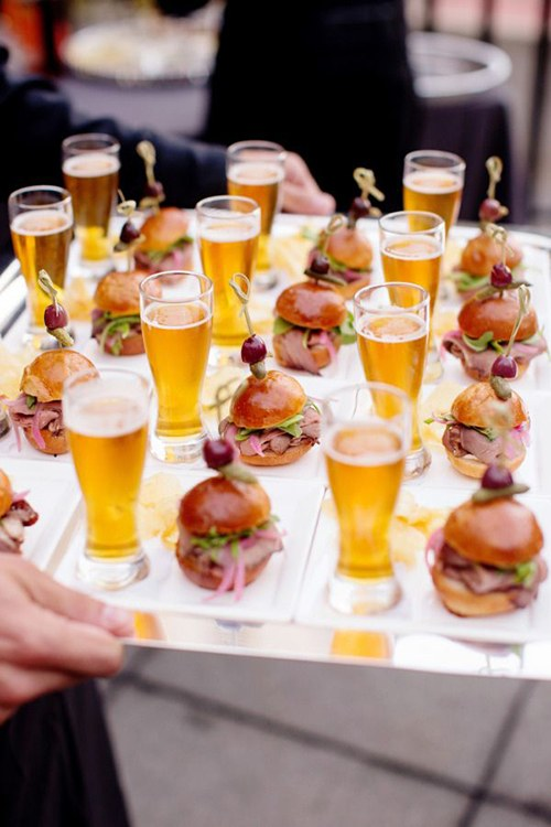blogs-aisle-say-cocktail-hour-food-drink-pairings-sliders-pilsner