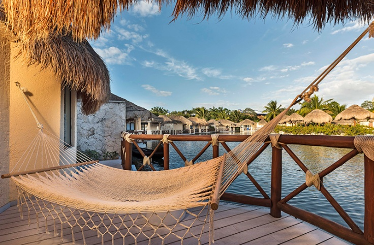 Grand-Palladium-White-Sand-Mayan-Suite-Hammock